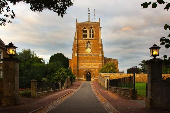 igreja trinithy em Rothwell, Uk